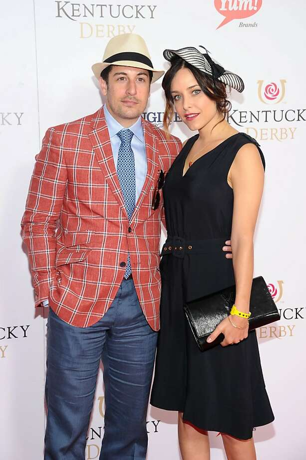 Actor Jason Biggs and Jenny Mollen attend the 139th Kentucky Derby at Churchill Downs on May 4, 2013 in Louisville, Kentucky. Photo: Michael Loccisano, Getty Images