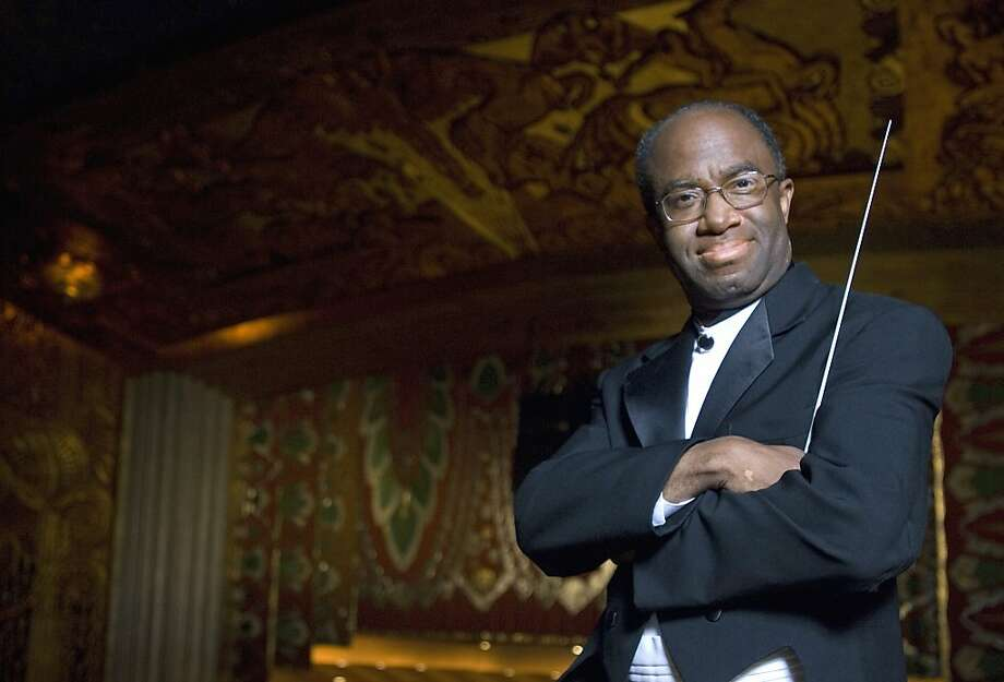 Michael Morgan directs the Oakland East Bay Symphony. Photo: Pat Johnson