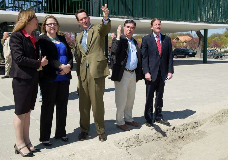 From left, HUD New England Regional Administrator Barbara Fields, Executive Director of the Hurricane Sandy Rebuilding Task Force Laurel Blatchford, Congressman Jim Himes, Mayor Michael Pavia and Senator Richard Blumenthal talk about damage from Hurricane Sandy at Cummings Beach Park in Stamford, Conn., on Friday, May 3, 2013. Photo: Lindsay Perry / Stamford Advocate