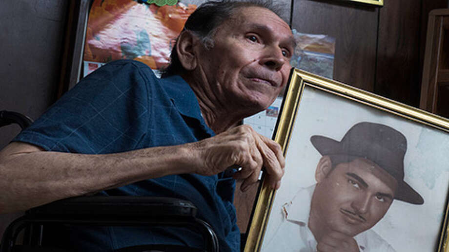 Modesto Rodriguez in the home of sister Modesta Rodriguez Salazar. In the 1970s, he testified to Congress about rampant bias against Latino voters. Photo: Billy Calzada / San Antonio Express-News