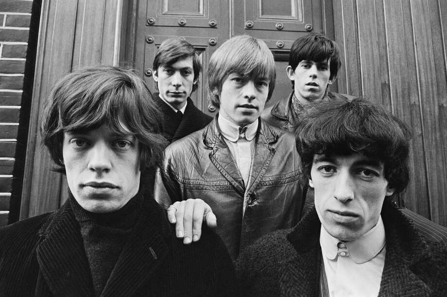 English rock group The Rolling Stones, London, 1963. Left to right: Mick Jagger, Charlie Watts, Brian Jones, Keith Richards and Bill Wyman. Photo: Terry O'Neill, Getty / Terry O'Neill/Firepine Ltd