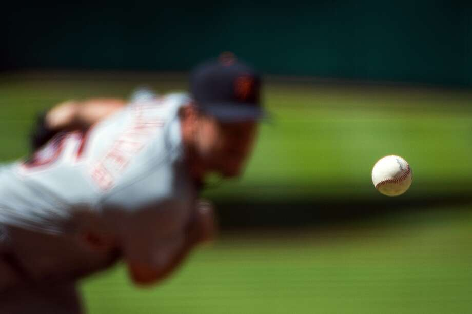Tigers starting pitcher Justin Verlander pitches during the first inning. Photo: Smiley N. Pool, Houston Chronicle
