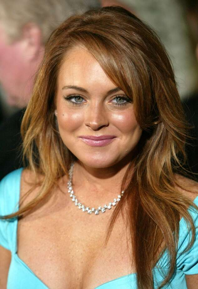 "Lindsay Lohan arrives to the premiere of the film  ""Mean Girls"" at the Cinerama Dome in Los Angeles on  April 19, 2004."