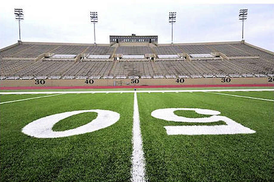 Farrington Field: The Fort Worth stadium is among the oldest in the state of Texas, but it still has plenty of seating capacity. The stadium can seat 18,500 people.