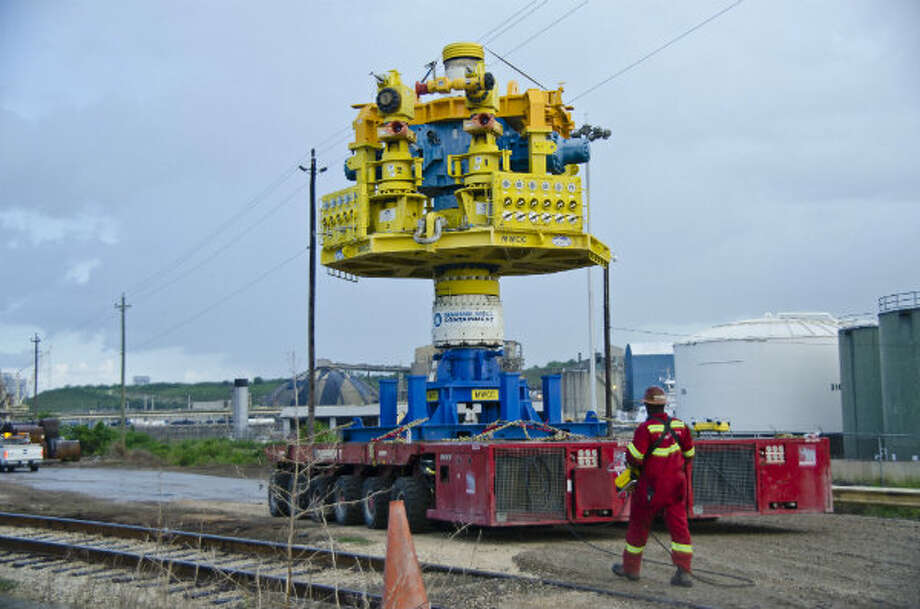 The MWCC capping stack, which stands roughly 30 feet tall and weighs about 100 tons, was transported from the ASCO facility in Houston to the Greensport dock, roughly one mile away, for pre-deployment testing. Photo: Marine Well Containment Company