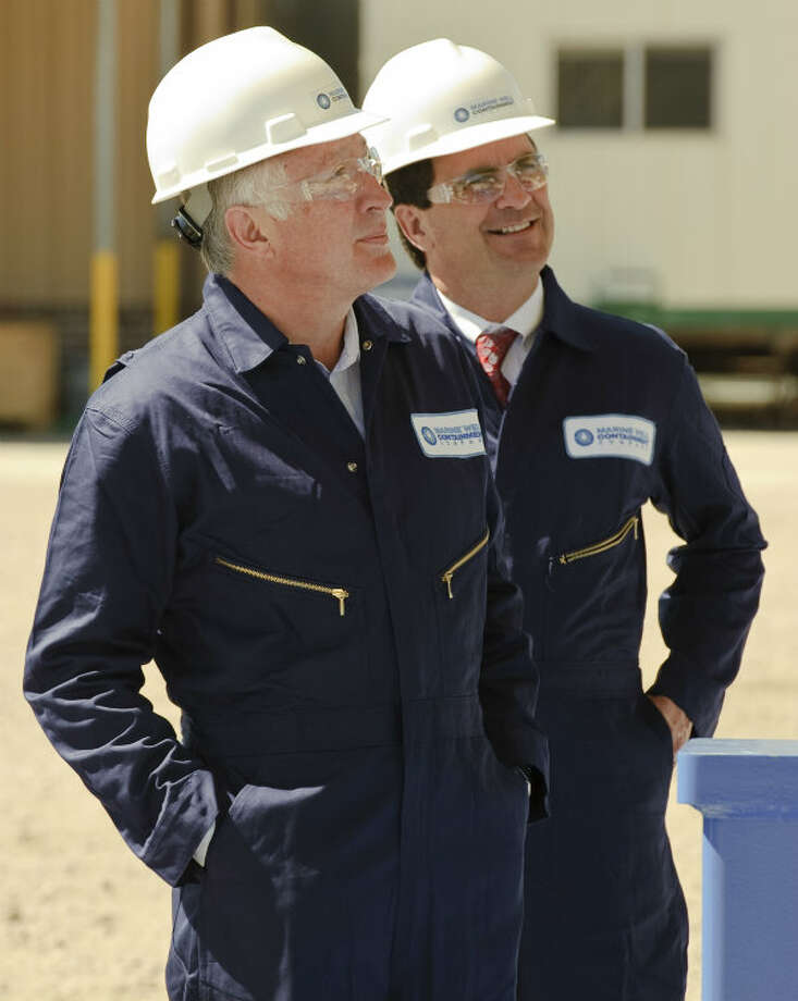 Interior Secretary Ken Salazar and MWCC CEO, Marty Massey, viewed the company's interim containment system capping stack. Photo: Marine Well Containment Company