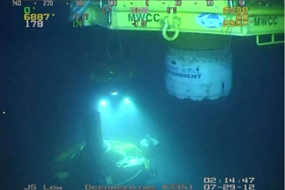 The MWCC capping stack approached the simulated wellhead approximately 6,900 ft. below the water's surface. Photo: Marine Well Containment Company