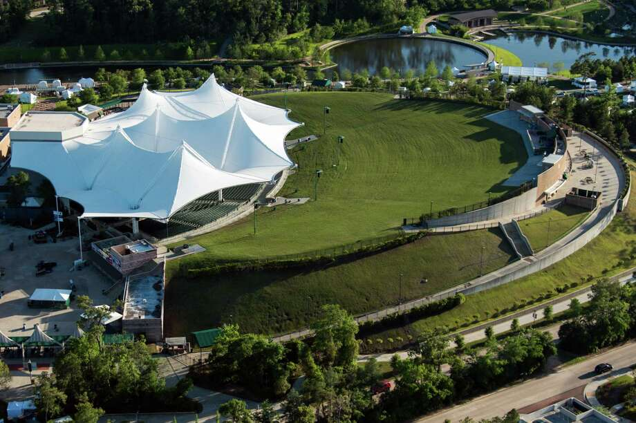 The Woodlands offers one of the more enjoyable experiences with great sound and amphitheater atmosphere.  Photo: Smiley N. Pool, Houston Chronicle / © 2013  Houston Chronicle