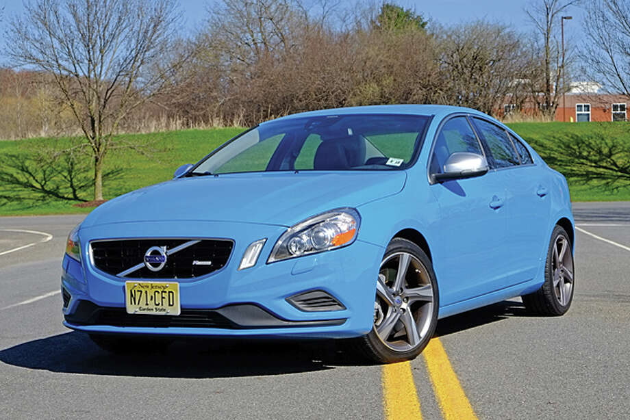 18b01071ab2 2013 Volvo S60 T6 AWD R (photo by Dan Lyons) / copyright: Dan