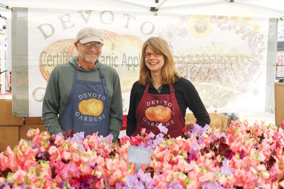 Jolie Devoto Wade and her father, Stan Devoto of Devoto Gardens at the Ferry Plaza Farmers Market.