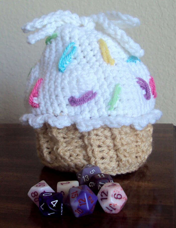 Cupcake purse with customizable sprinkles