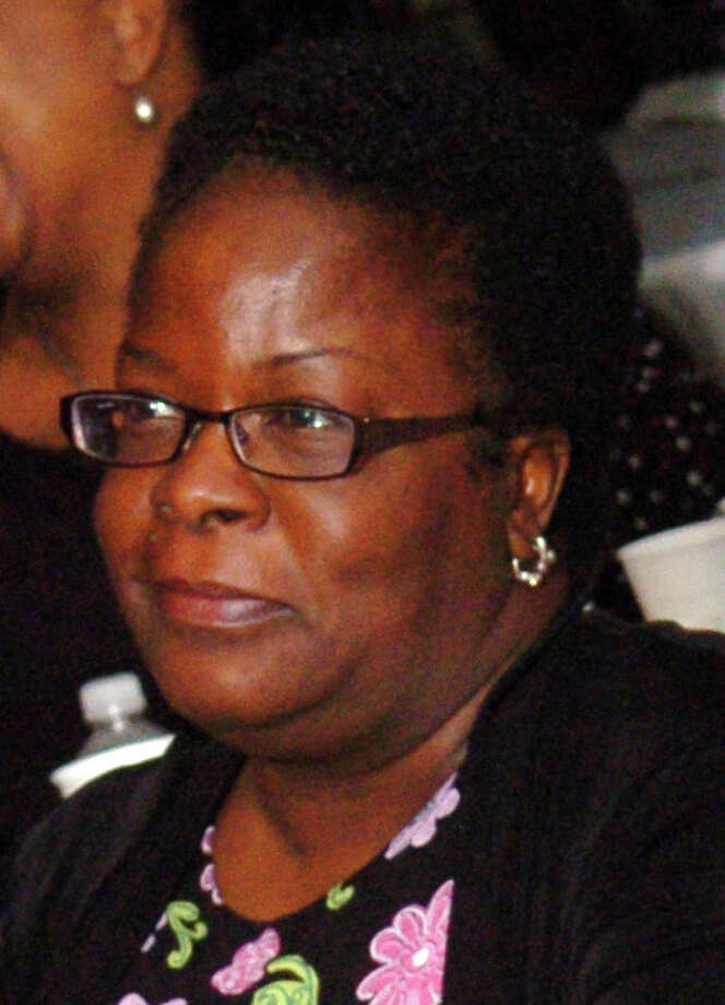 Carmen Perez-Dickson, Photo: File Photo, File Photo / Connecticut Post File Photo