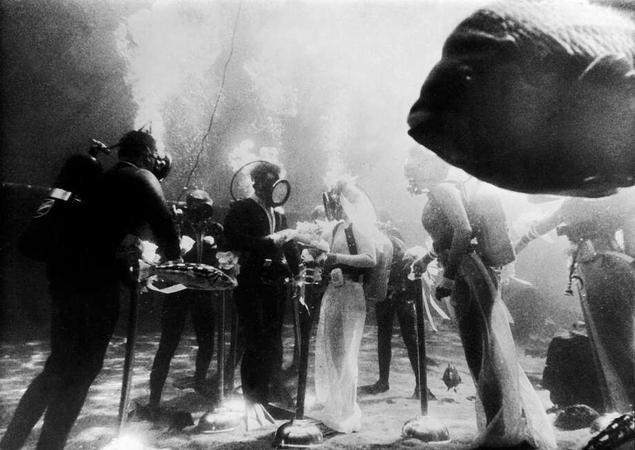Jack Tyree And Corna Day got married underwater in Hollywood in 1967. Photo: Gamma-Keystone Via Getty Images
