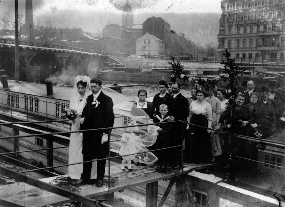 Moving to more mundane forms of transportation, here's a wedding party leaving a barge that served as a floating church in Berlin in 1914. Photo: Topical Press Agency, Getty Images / Hulton Archive
