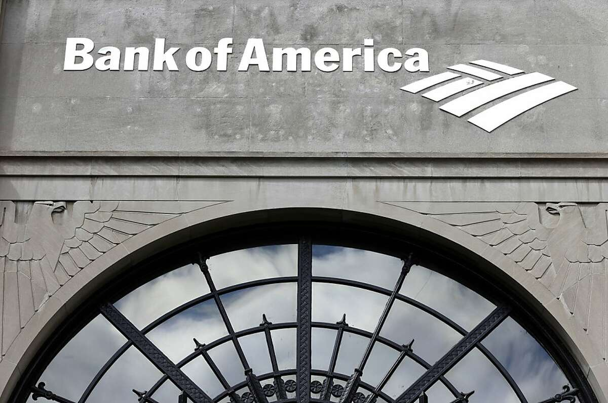 25. Bank of America Median monthly pay: $4,570