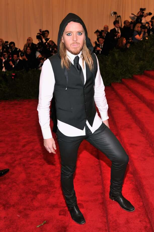 "NEW YORK, NY - MAY 06:  Tim Minchin attends the Costume Institute Gala for the ""PUNK: Chaos to Couture"" exhibition at the Metropolitan Museum of Art on May 6, 2013 in New York City.  (Photo by Stephen Lovekin/FilmMagic)"