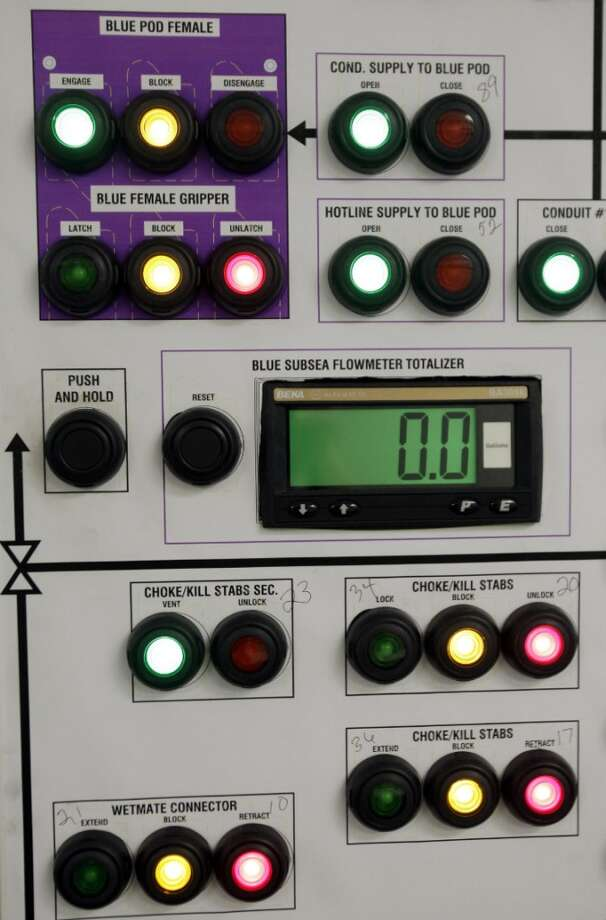 Control panels for a blowout preventers. Photo: Melissa Phillip, Houston Chronicle