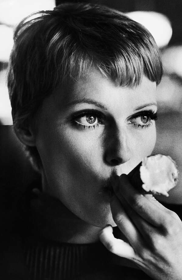 Mia Farrow, 1977. Photo: Terry O'Neill, Getty Images / 2005 Getty Images