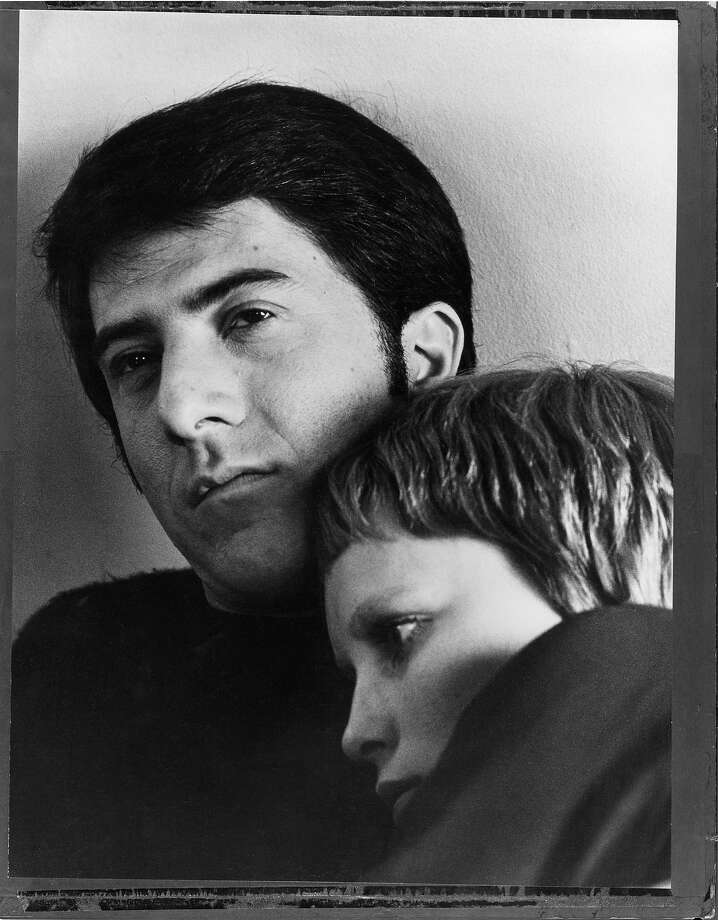 Dustin Hoffman and Mia Farrow, 1969. Photo: Terry O'Neill, Getty Images / Terry O'Neill