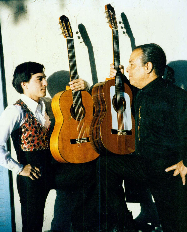 Alejandro Herrera III (left) strikes a pose with mentor Willie