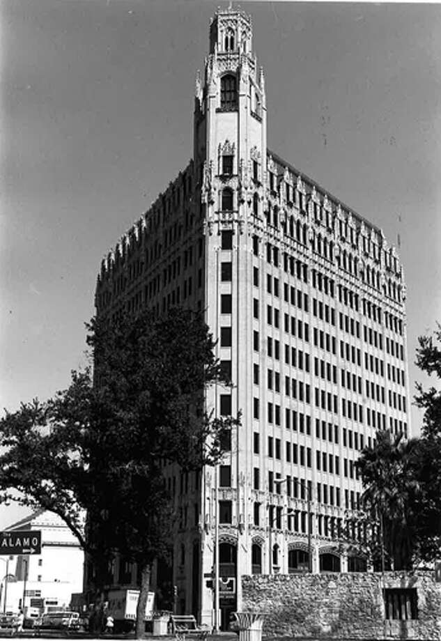 The Medical Arts Building opened in 1926 and was designed by Ralph Cameron. Photo: COURTESY OF SAN ANTONIO CONSERVATION SOCIETY