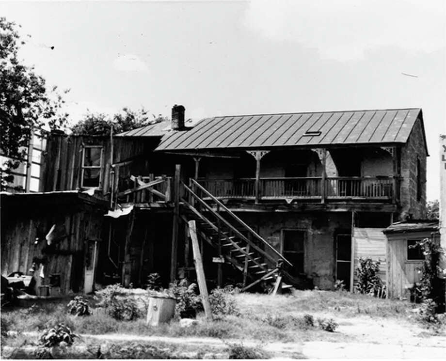 Built around 1882, the Heidgen-Zilker House was located in the area once known as the Irish Flats neighborhood. Photo: COURTESY OF SAN ANTONIO CONSERVATION SOCIETY