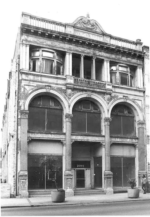 The Staake Building, 309 E. Commerce St., was built in 1894 for the Staacke Brothers' carriage business. Photo: COURTESY OF SAN ANTONIO CONSERVATION SOCIETY