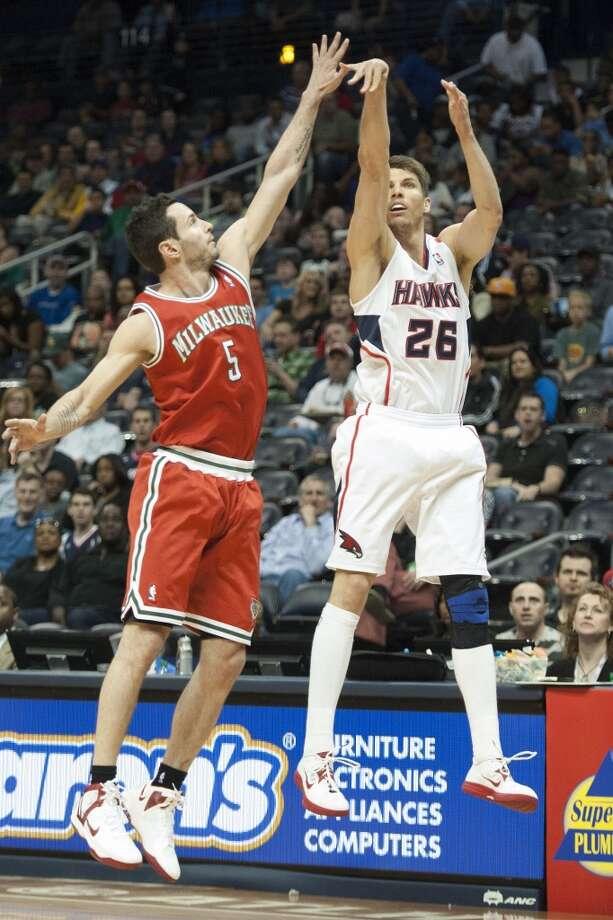 Kyle Korver  Re-signed with Atlanta Hawks Photo: John Amis, Associated Press