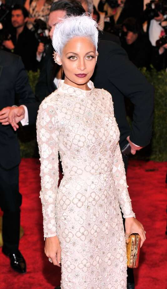 Good: Nicole Richie. We know we're going to take some flak for this choice, but we'll stick by our guns. Her demure dress coupled with the short gray hair, spiky ears and the luminous makeup — somehow it works.