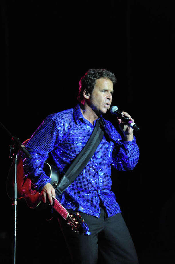 Brian LaBlanc and his band, Simply Diamond, will perform a tribute to Neil Diamond at the Danbury Palace on Saturday, May 11. Photo: Contributed Photo