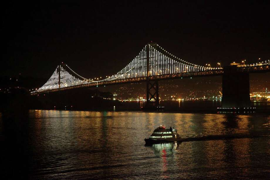 Ninth-lowest air fare: $299, Oakland, Calif. Photo: JIM WILSON, NYT / NYTNS