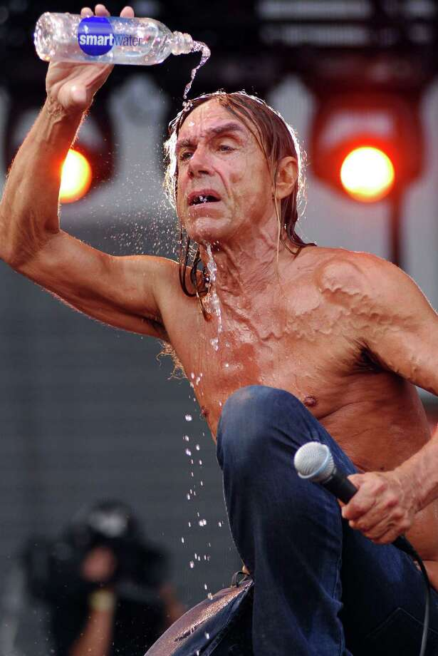 Iggy Pop performs at Lollapalooza at Grant Park on August 5, 2007 in Chicago. Photo: Rob Loud, Getty / 2007 Getty Images