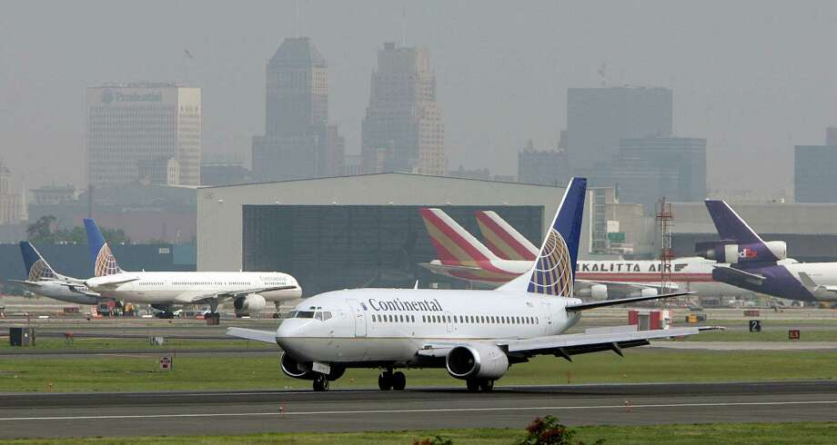 Fifth-highest air fare: $484, Newark-Liberty, N.J. Photo: Mel Evans, AP / AP