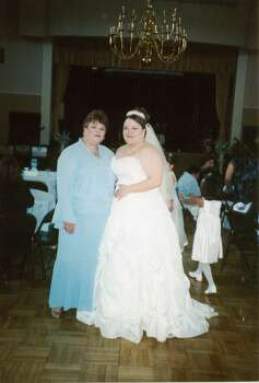 Lynette Hernandez with her daughter Jessica on her wedding day. Photo: Courtesy Lynette Hernandez