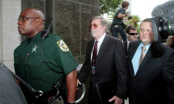 Attorney Cheney Mason, attorney for Casey Anthony,  arrives at the  Orange County Courthouse in Orlando, Fla., Thursday, July 7, 2011.  Anthony, who was acquitted of killing her daughter, Caylee Anthony, faces sentencing for lesser charges. Photo: AP