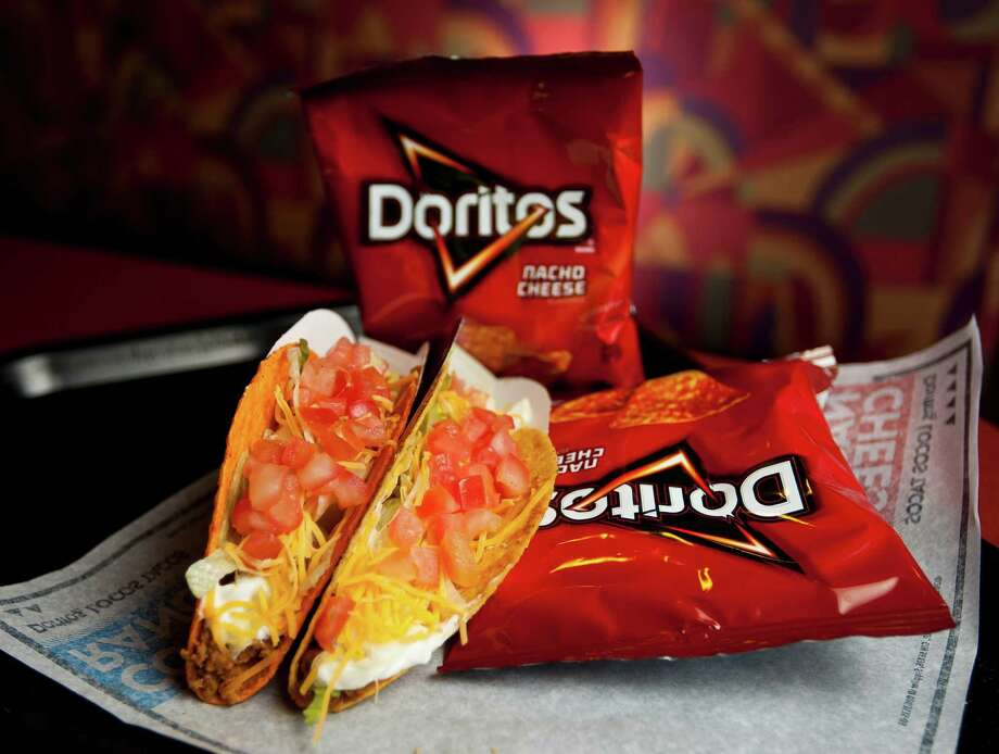 PHOTOS: Counting calories?Grab your one free taco from 2-6 p.m. Tuesday, June 18 at participating Taco Bell locations while supplies last.>>>Click ahead to find out how many calories some of your favorite fast-food items contain...  Photo: Nick De La Torre, Staff / © 2013 Houston Chronicle
