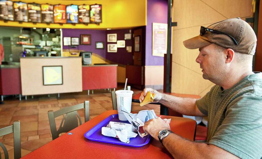 Believing what you get at Taco Bell is a real gordita.  Photo: Nick De La Torre, Staff / © 2013 Houston Chronicle