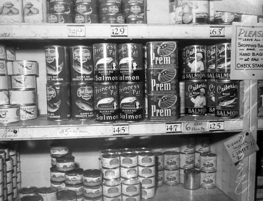 Items stocked at the new London Market on April 3, 1943. The market was at 1928 Third Avenue in Seattle. Photo: Copyright MOHAI, Seattle Post-Intelligencer Collection, PI28121
