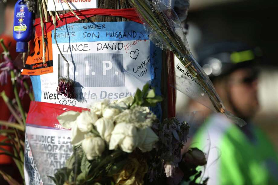 A memorial is shown during a bike ride in honor of Lance David, a cyclist killed in an accident with a semi-truck. Photo: JOSHUA TRUJILLO, SEATTLEPI.COM / SEATTLEPI.COM