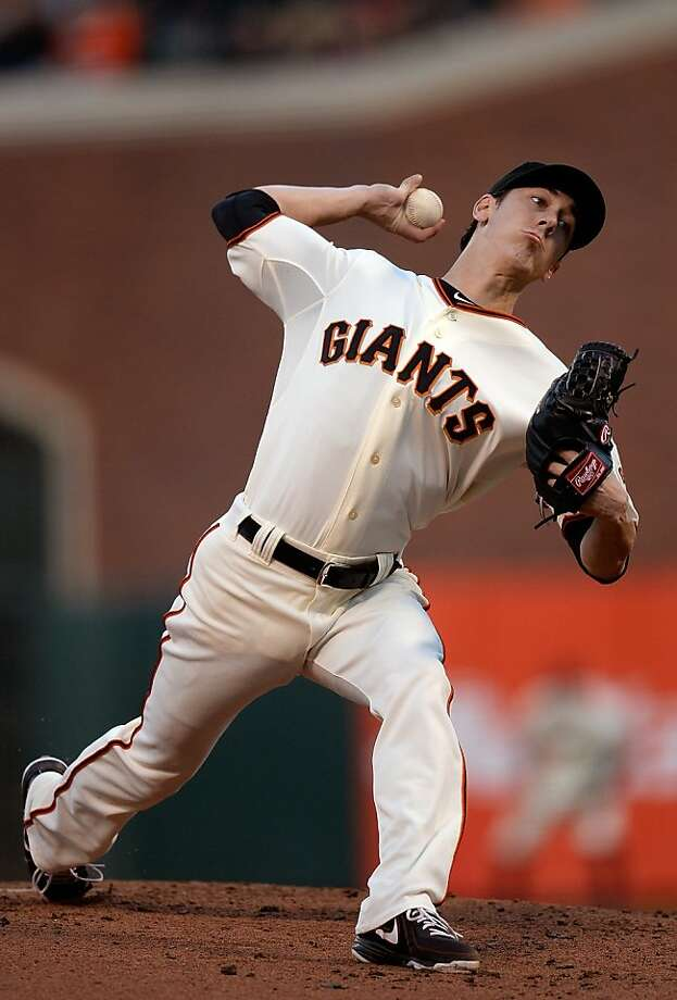 Tim Lincecum allowed three runs in the first two innings of the Giants' loss. Photo: Thearon W. Henderson, Getty Images