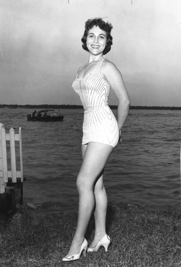 Dorothy Thompson: She is Miss Huntsville. Published April 29, 1956