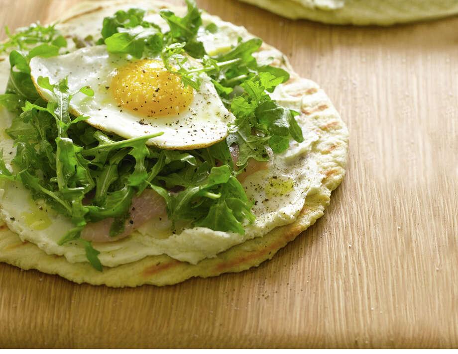 crispy-breakfast-pita/chow.com