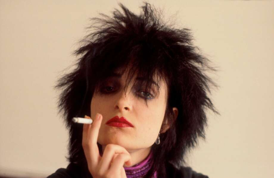 Siouxsie Sioux of Siouxsie And The Banshees, portrait, London, August 1980. (Photo by Michael Putland/Getty Images)
