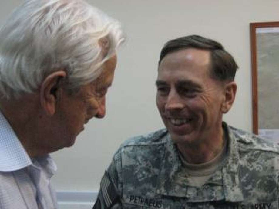 Rep. Hall meets with General Petraeus.