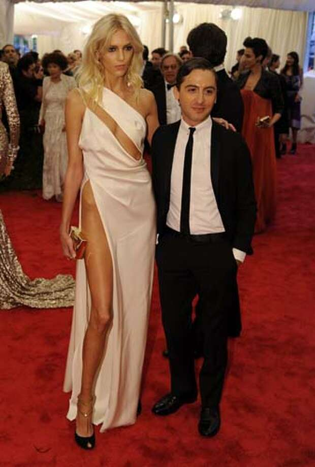 Seriously, Anja Rubik? Seriously? Photo: TIMOTHY A. CLARY, AFP/Getty Images / 2012 AFP