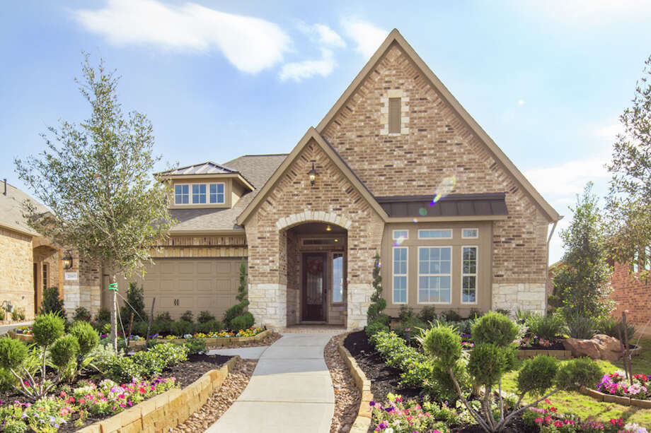 Village Builders offers two collections of patio homes in Cinco Ranch.