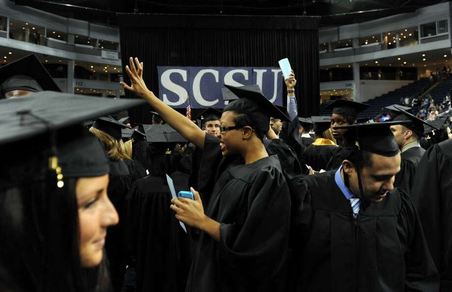 Southern Connecticut State University: 195 students default in 2009.