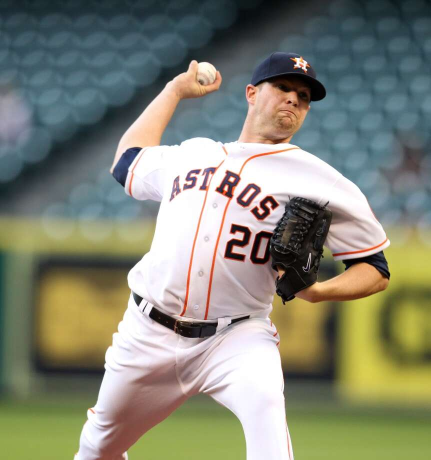 Astros starting pitcher Bud Norris (20) pitches. Photo: Karen Warren, Houston Chronicle