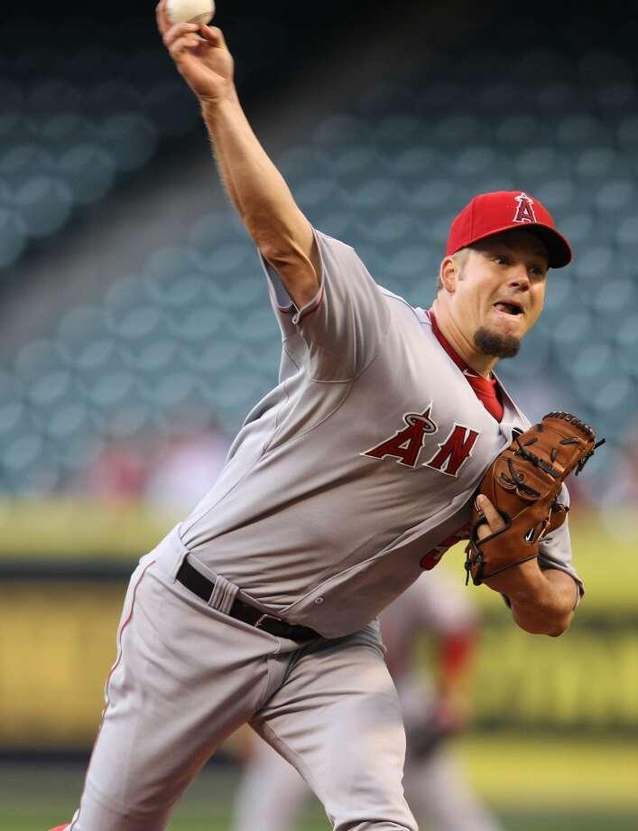 Angels starting pitcher Joe Blanton (55) pitches. Photo: Karen Warren, Houston Chronicle