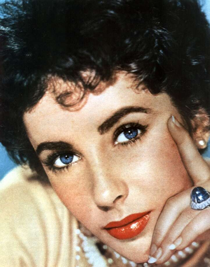 (FILES) -- Undated Hollywood file photo shows actress Elizabeth Taylor.    AFP PHOTO/HO (Photo credit should read HO/AFP/Getty Images)